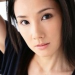 吉田羊の大阪観光の動画が人気!本名や年齢は?素顔が素敵な訳は?
