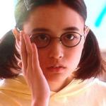 恋仲で大原櫻子の矯正と眼鏡姿が強烈!Tシャツの衣装の値段は?