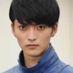 山本涼介(仮面ライダーマコト役)がカッコイイ!彼女や経歴は?