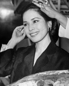 Madame Sukarno Having Hair Done